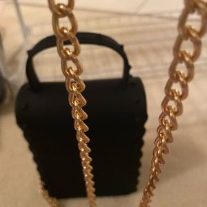 Bags - Little box like purse with the shoulder strap